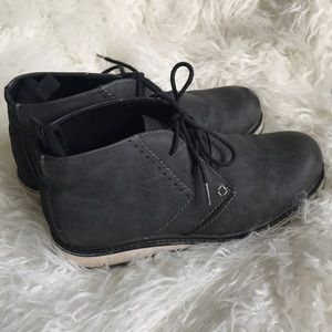 Steve Madden gray ankle boots